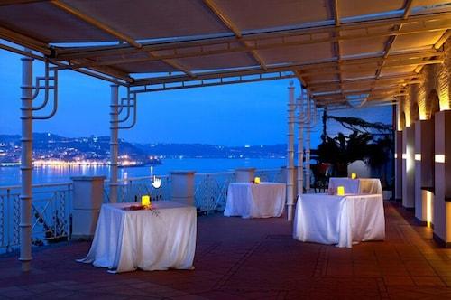 Bacoli - Hotel Il Gabbiano - z Katowic, 5 kwietnia 2021, 3 noce