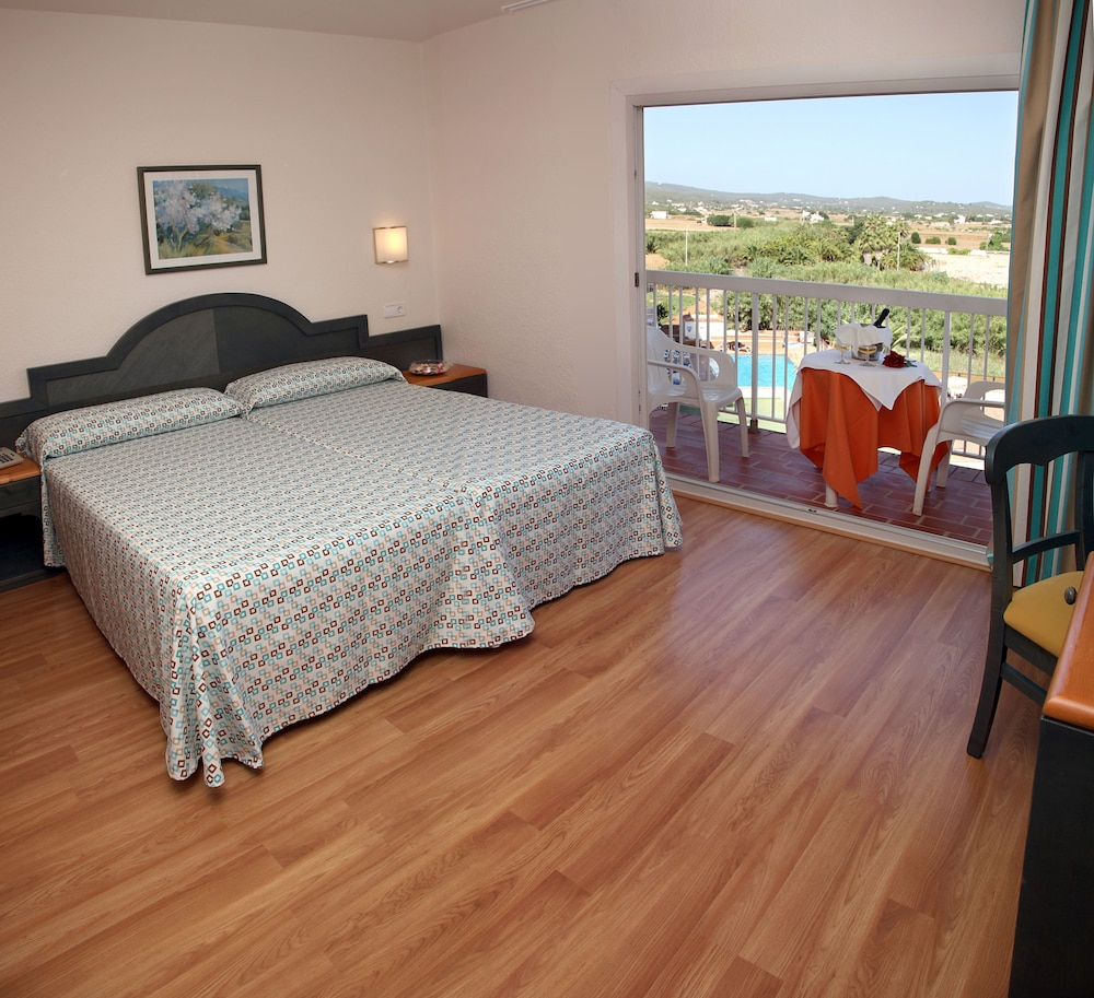 Invisa Hotel Es Pla - Adults Only