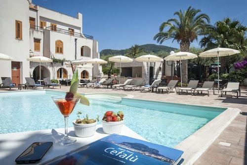 . Hotel Baia Del Capitano