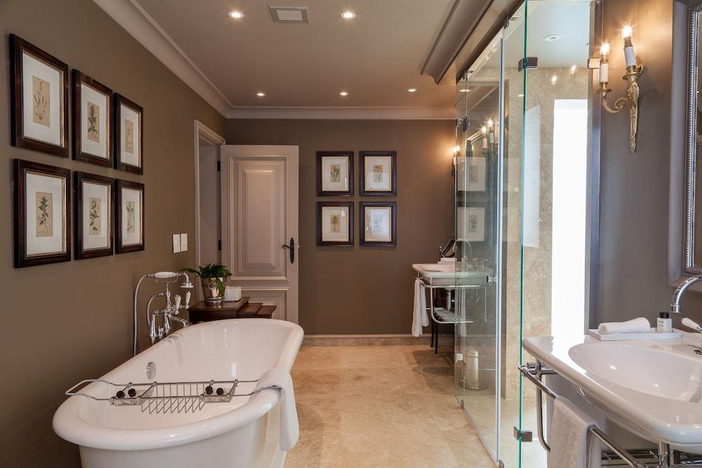 란제락 호텔(Lanzerac Hotel) Hotel Image 32 - Bathroom