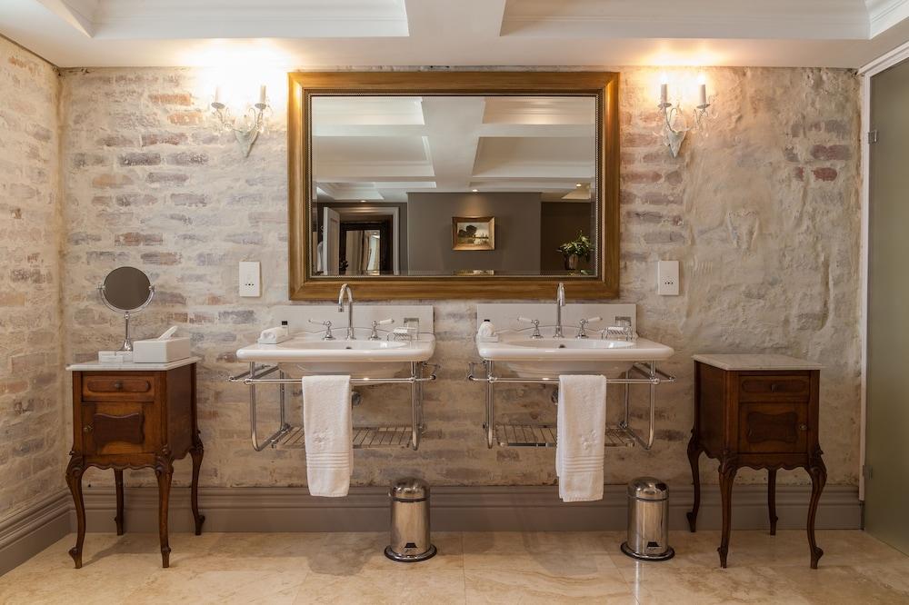 란제락 호텔(Lanzerac Hotel) Hotel Image 34 - Bathroom