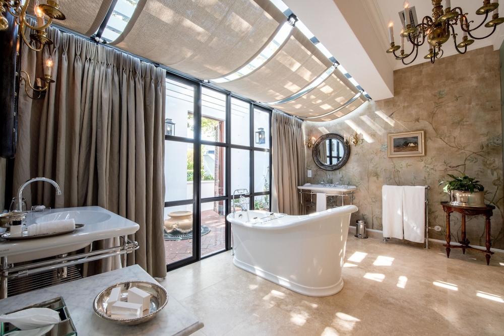 란제락 호텔(Lanzerac Hotel) Hotel Image 35 - Bathroom