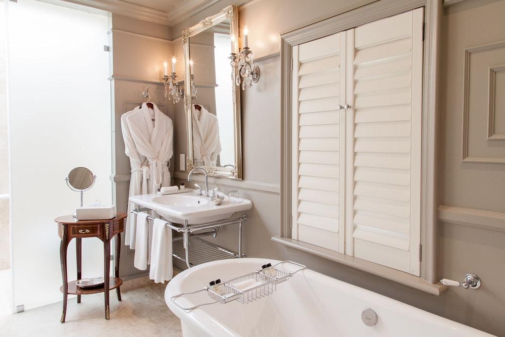 란제락 호텔(Lanzerac Hotel) Hotel Image 39 - Bathroom