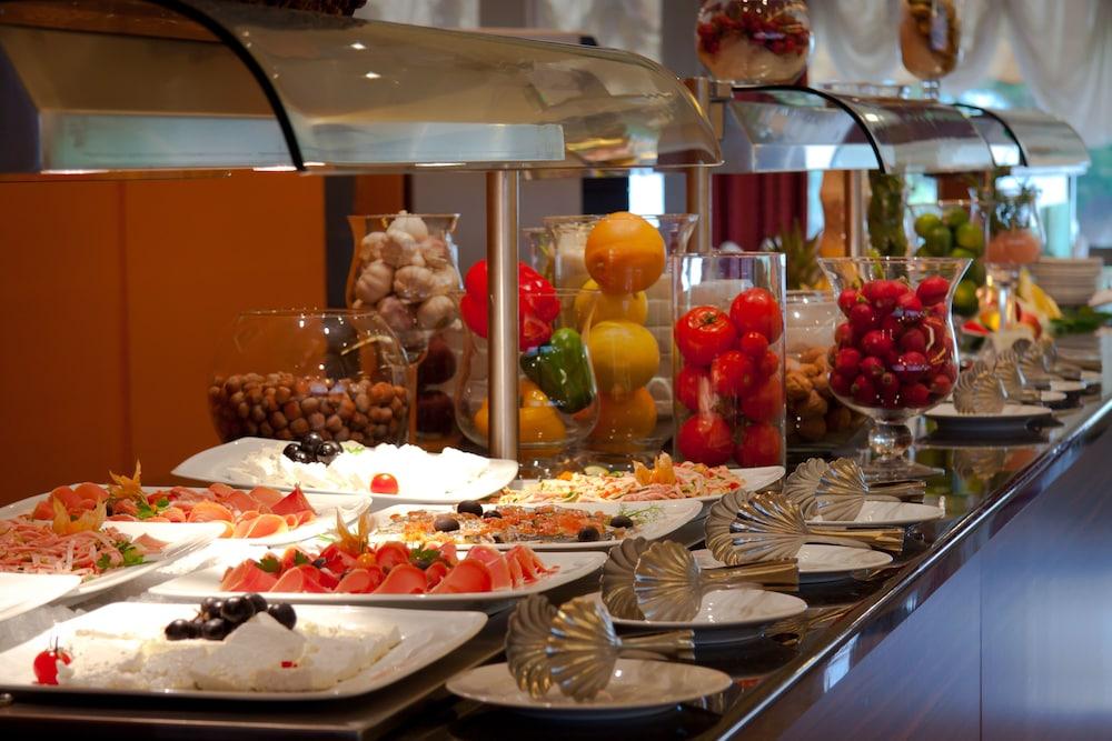 그랜드 호텔 아드리아틱 I(Grand Hotel Adriatic I) Hotel Image 67 - Buffet