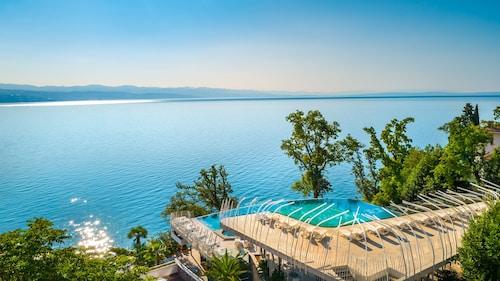 . Grand Hotel Adriatic I