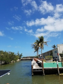 馬里納椰樹沙洲渡假村 Coconut Cay Resort & Marina