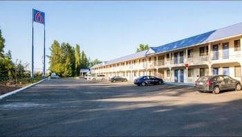 Hotel - Motel 6 Ferndale WA
