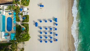 瑪雷納斯海灘渡假村 Marenas Beach Resort