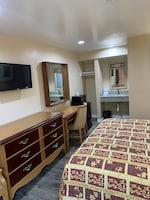 Comfort Room, Non Smoking, Refrigerator & Microwave