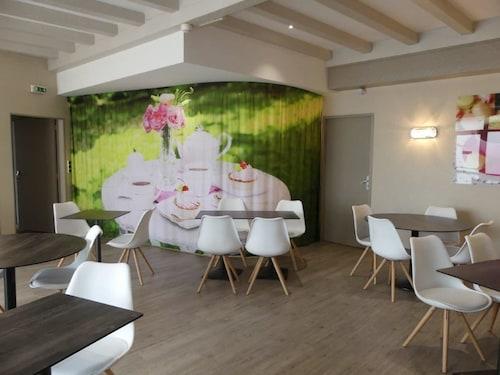 Hotel The OriginalsSaint-Junien Le Boeuf Rouge (ex Inter-Hotel), Haute-Vienne