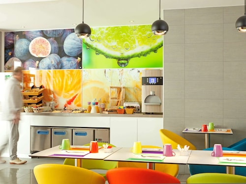 __{offers.Best_flights}__ ibis Styles Paris Porte d'Orléans Hotel