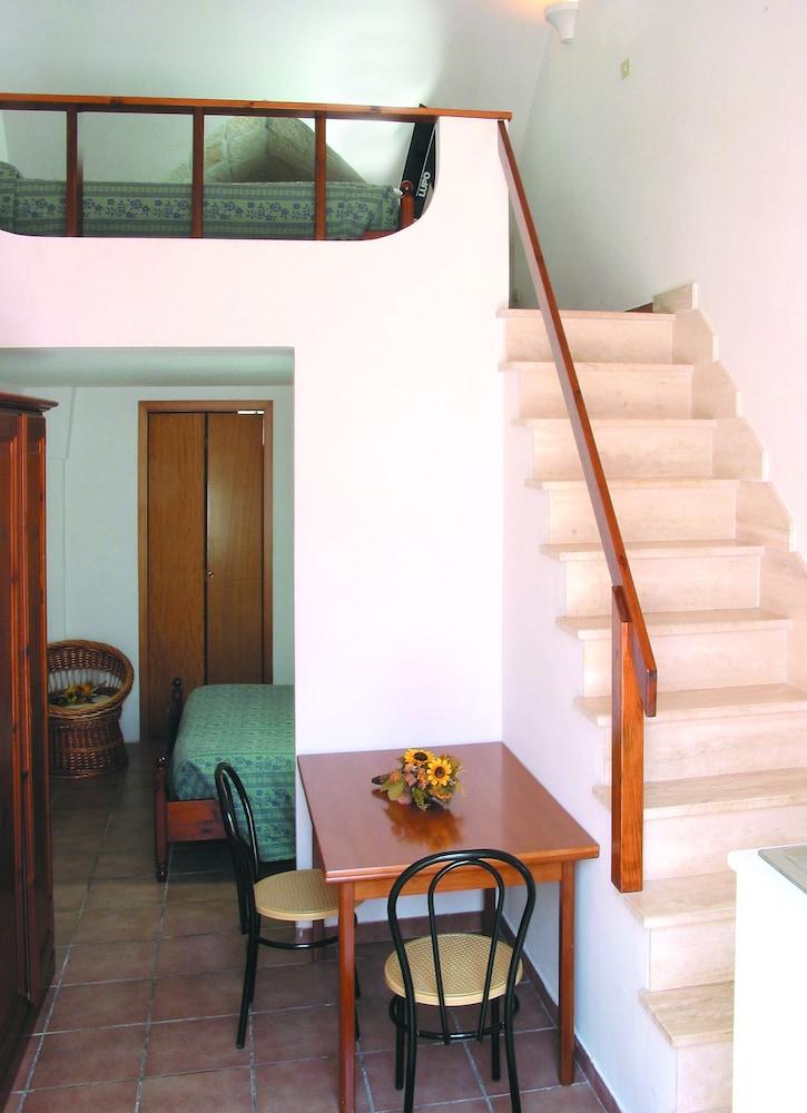 마세리아 리프리제리오(Masseria Refrigerio) Hotel Image 9 - Guestroom