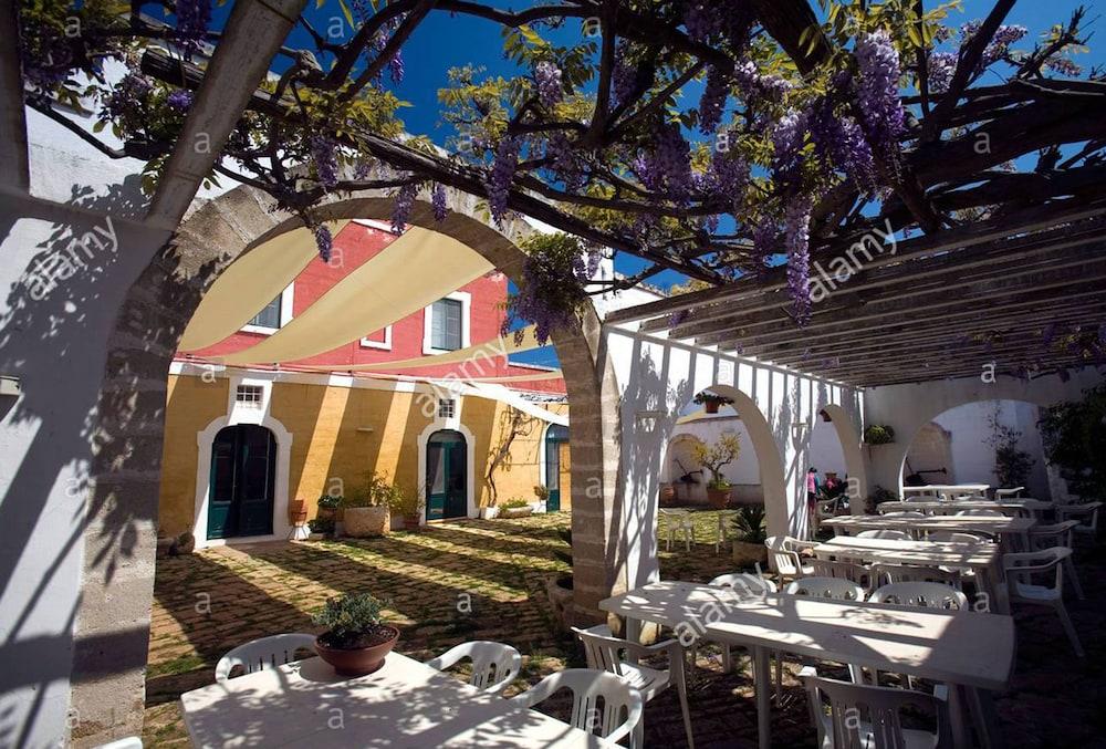 마세리아 리프리제리오(Masseria Refrigerio) Hotel Image 42 - Outdoor Wedding Area