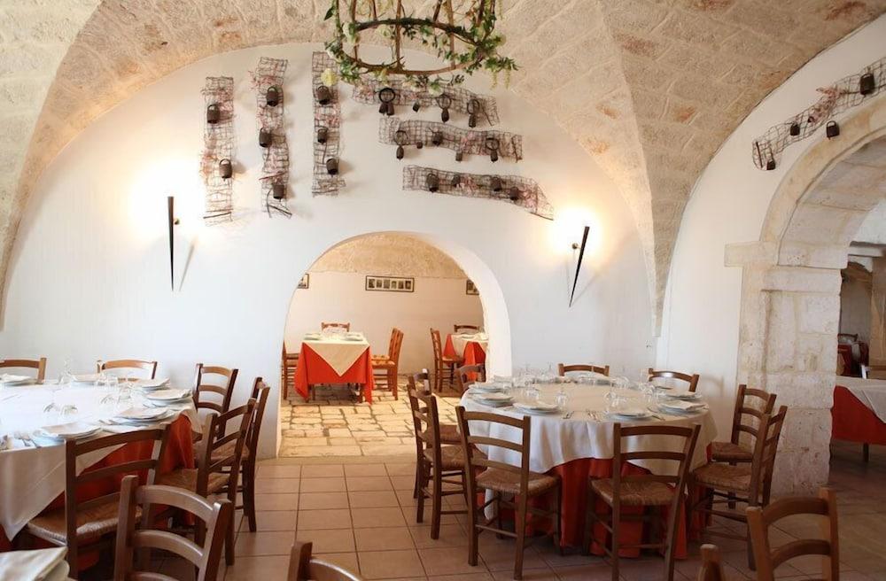 마세리아 리프리제리오(Masseria Refrigerio) Hotel Image 22 - 레스토랑