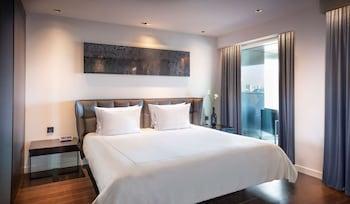 Suite, 1 Bedroom, Balcony, River View