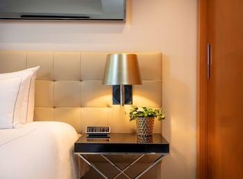 Suite, 1 Bedroom, Kitchenette, River View