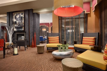 Lobby Sitting Area at Hilton Garden Inn Scottsdale North/Perimeter Center in Scottsdale