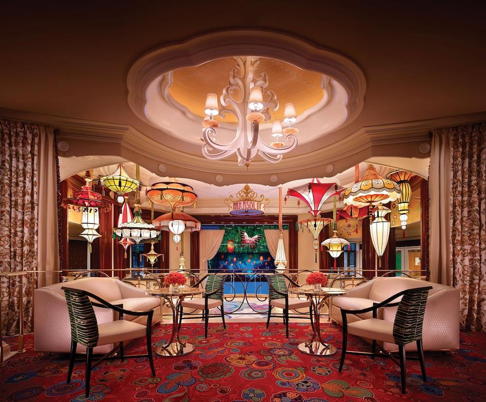 Encore Resort Two Queens