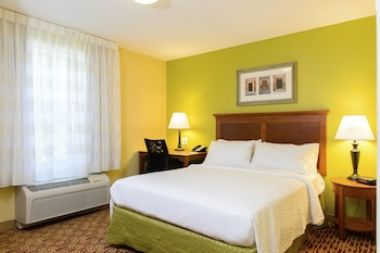 Guestroom at TownePlace Suites Bowie Town Center in Bowie