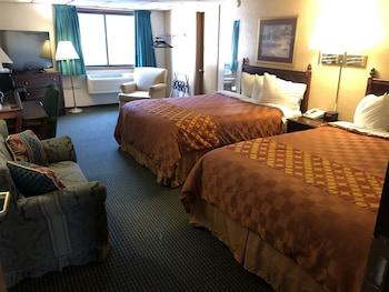 Hotel - HomeTown Inn