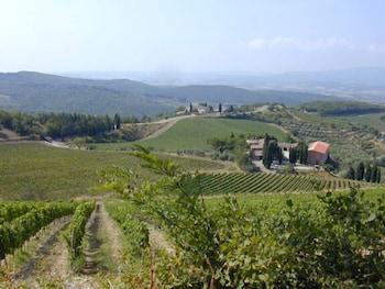 로칸다 일 갈로(Locanda Il Gallo) Hotel Image 1 - View from Hotel