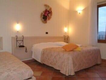 로칸다 일 갈로(Locanda Il Gallo) Hotel Image 6 - Guestroom