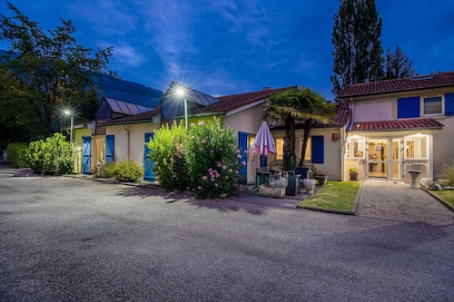 . Comfort Hotel Grenoble Meylan