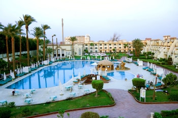Hotel - Cataract Pyramids Resort
