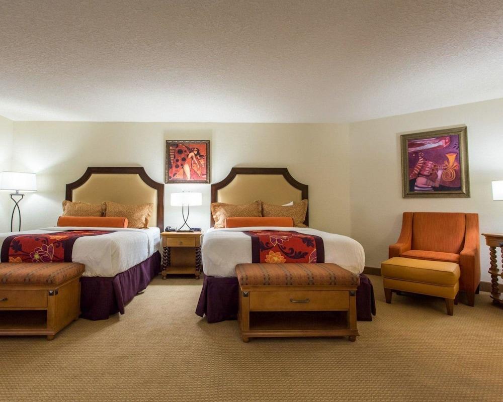 https://i.travelapi.com/hotels/2000000/1190000/1189600/1189517/58b5b9ff_z.jpg