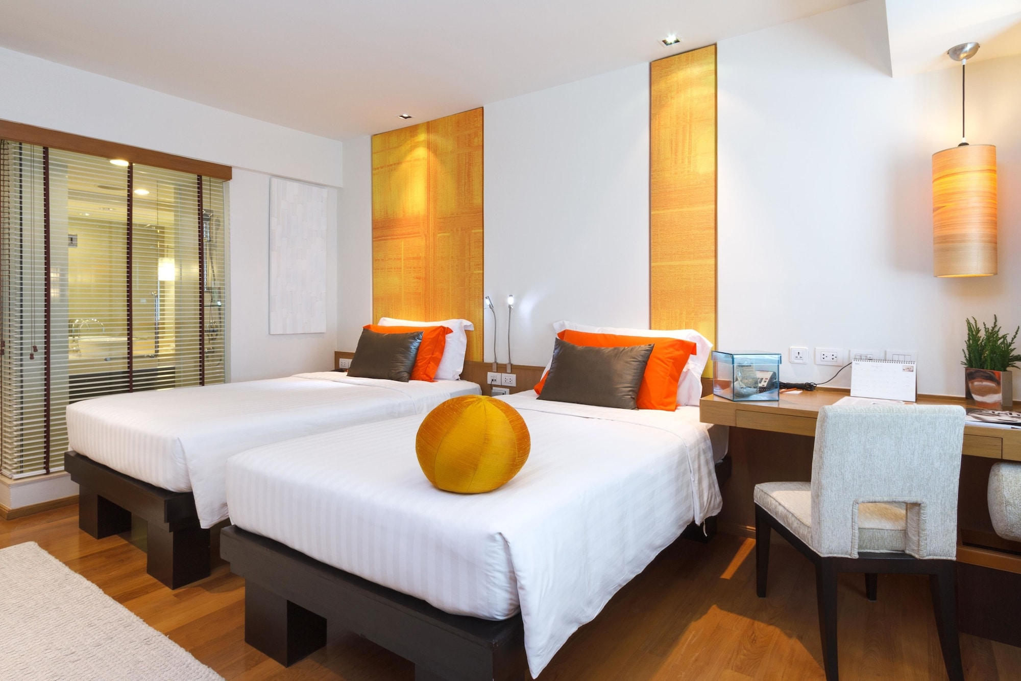 Deluxe Room, 2 Twin Beds (Club)