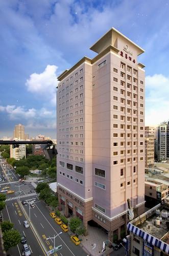 __{offers.Best_flights}__ Lees Hotel