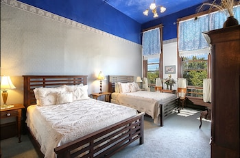 Room, 2 Queen Beds (2nd and 3rd Floors)