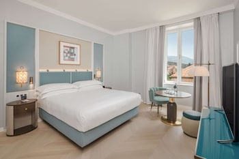 King Guest Room With Sea View