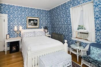 Room (The Eleanor, 3rd floor)