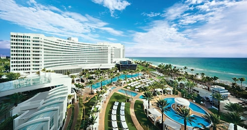 . Fontainebleau Miami Beach