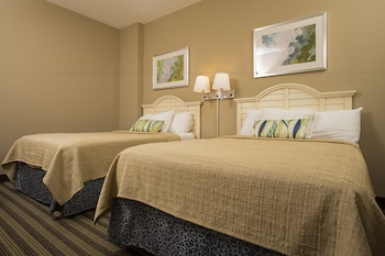 Guestroom at Avista Resort in North Myrtle Beach