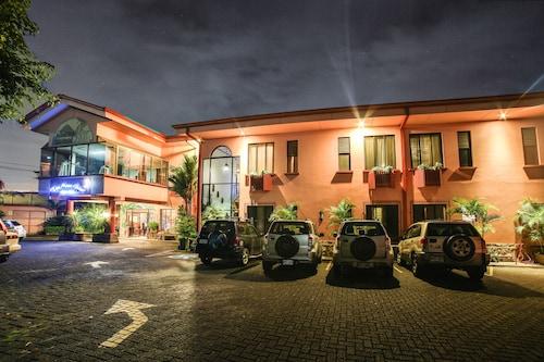 Adventure Inn, Heredia
