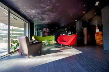 Hotel - Black Hotel