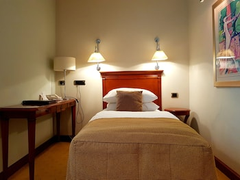 Deluxe Room, 1 Twin Bed, Accessible (Quiet Location)