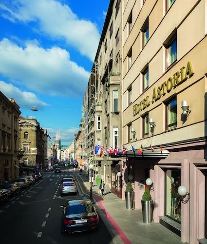 . Best Western Premier Hotel Astoria