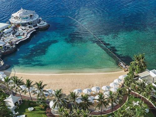 . Mövenpick Hotel Mactan Island Cebu
