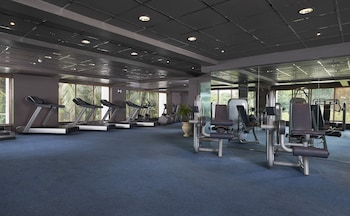 Movenpick Hotel Cebu Gym