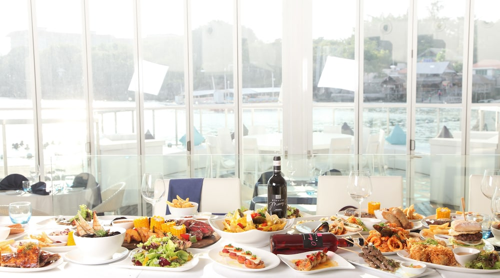 호텔이미지_식사 및 음료