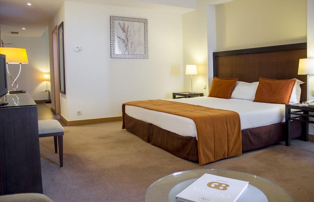 센시마르 사보이 가든스(Sensimar Savoy Gardens) Hotel Image 9 - Guestroom