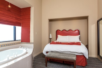 Room, 1 Queen Bed, Non Smoking (Spa Room)