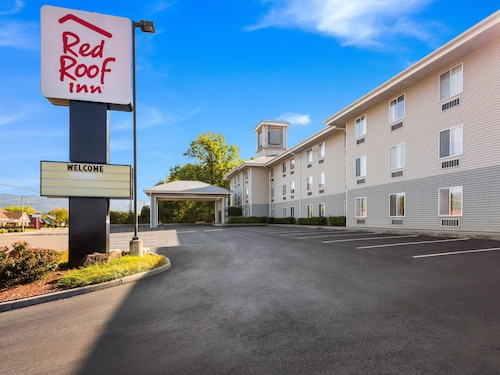 . Red Roof Inn Etowah – Athens, TN