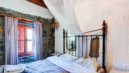 Traditional House, Multiple Beds, Private Pool