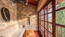 Traditional House, 2 Bedrooms, Private Pool, Sea View