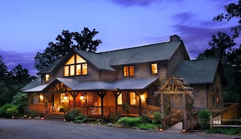 Hotel - Bent Creek Lodge Bed & Breakfast