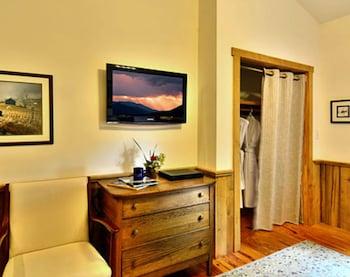 Room, Private Bathroom